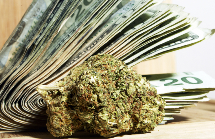 Marijuana-Stocks-weed money wad (1)