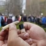 Marijuana-Stocks-Cannabis-joint-8